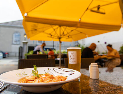 Outdoor Dining at Gleesons